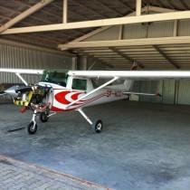 Cessna 152 SP-KCC w hangarze