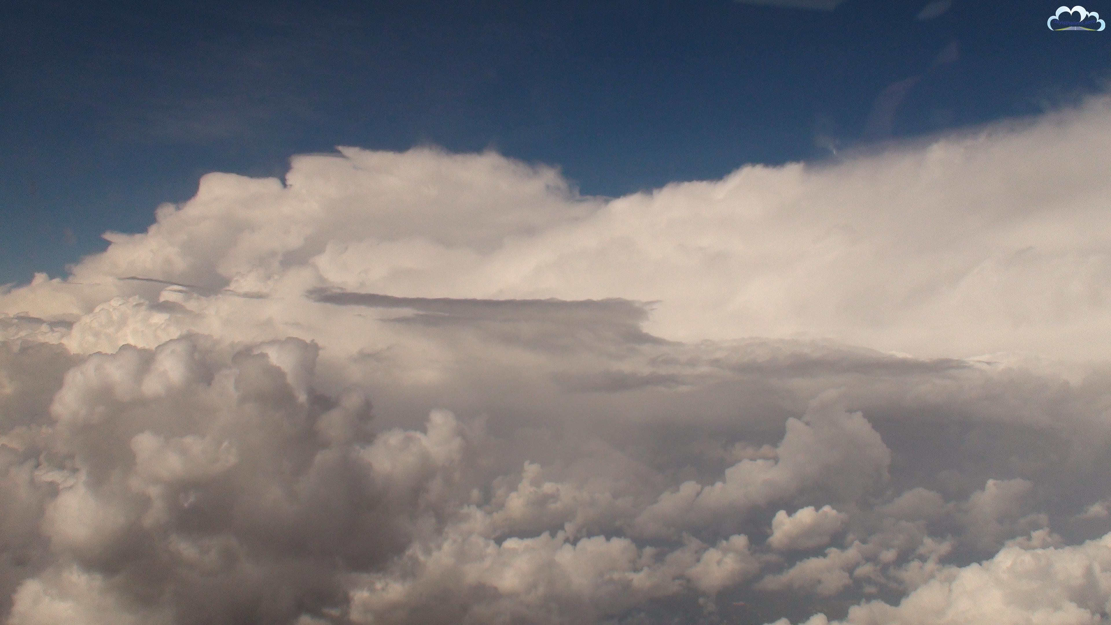 W labiryncie chmur. Granica Chorwacji i Bośni i Herzegowiny.