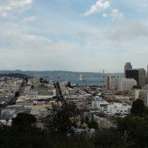 Oakland Bay Bridge - mój ulubiony wjazd do miasta, szczególnie wieczorami.