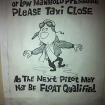 Lotniczy humor w toalecie :-)