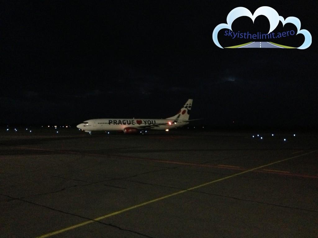 Boeing 737 przez którydostałem instrukcję przyspieszenia podejścia