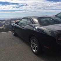 Na szczycie Mt. Hamilton jest... parking.