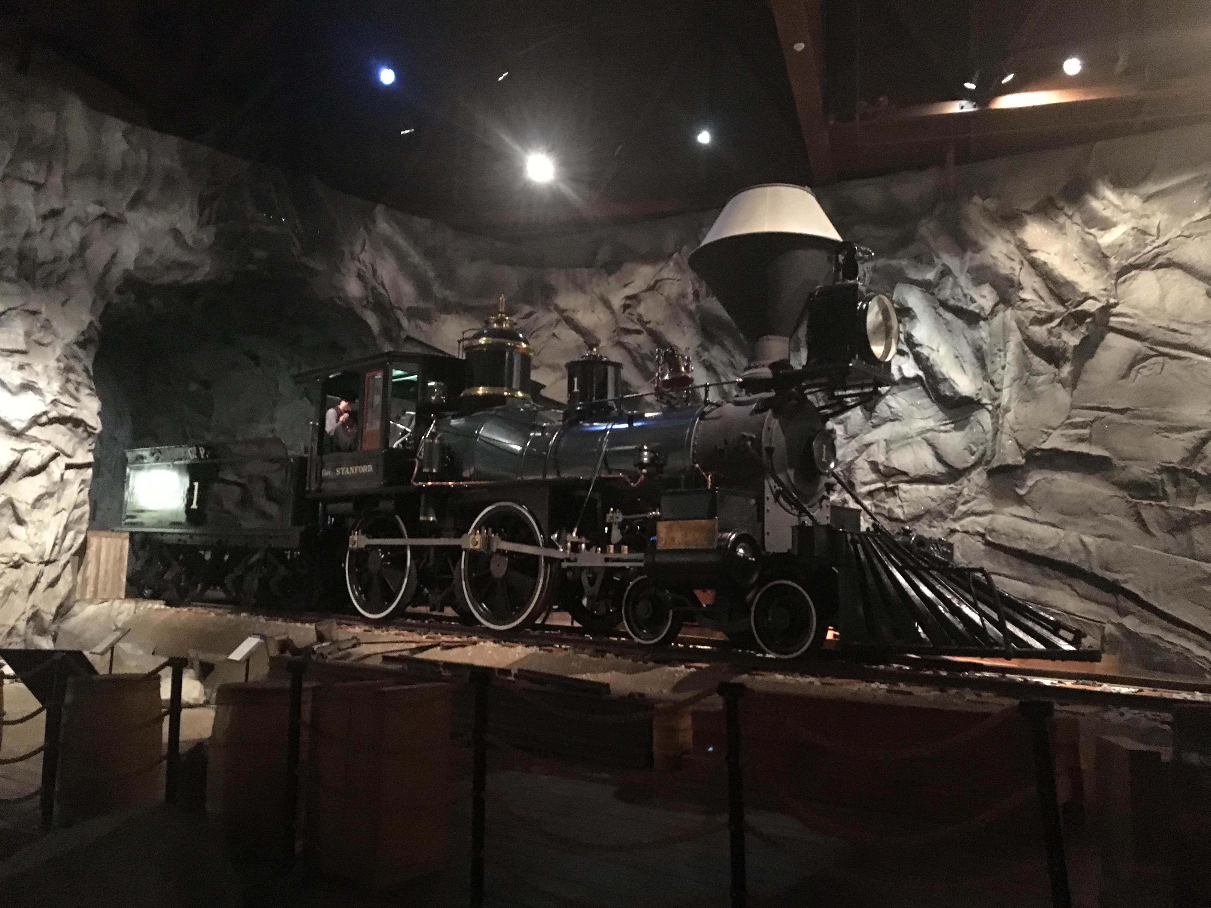 Pierwszy typ lokomotywy kompanii The Central Pacific's - amerykański układ 4-4-0