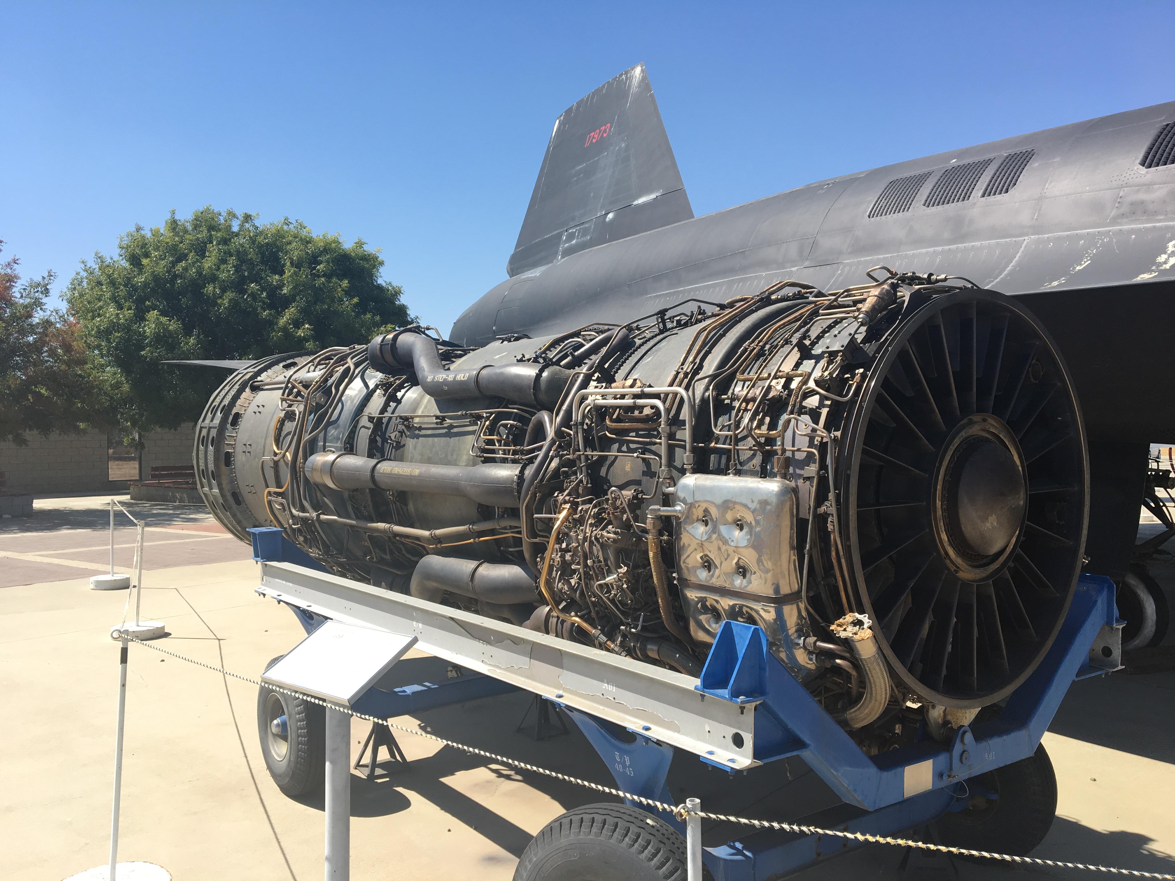 Silnik Pratt & Whitney J58 (używany zarówno w A-12 jak i SR-71)