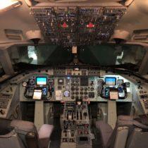 Saab 340 FFS - gdybyniewidok zaoknem można bypomyśleć, żetoprawdziwy samolot.