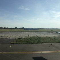 MD-83, lotnisko Kiev-Zhuliany, samolot rozbił się 14.06.2018 podczas lądowania przy silnym iporywistym wietrze. Nikt niezginął.